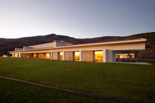 Modern Mountain House In Vila Spain News