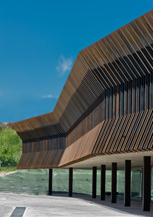 office building in Navarra3 - Architecture in Spain: an Office Building in Navarra
