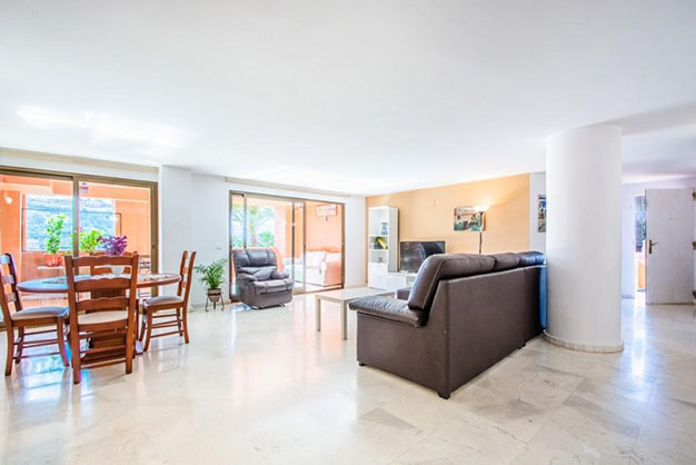 piso 8 1 - Ten Flats for Sale in Marbella Under €200,000: Luxury to Enjoy Nice Weather All Year Round
