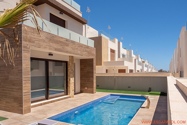 principal alicante - This brand new villa with a pool in Alicante is just perfect for a fresh start