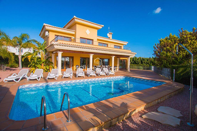 principal chalet alicante - Find your new home in this luxury villa in Alicante