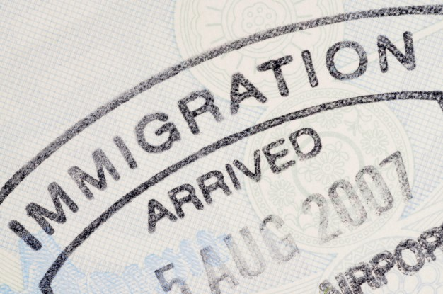 sello pasaporte inmigracion 1101 899 - NIE number in Spain: Why you need it? How to get?