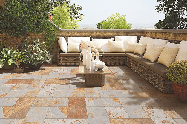 sofa terraza 1 - Roof terrace decorating ideas to make the most of the space
