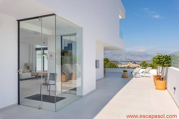 terraza 1 - Luxurious villa in Alicante: luminous and very spacious