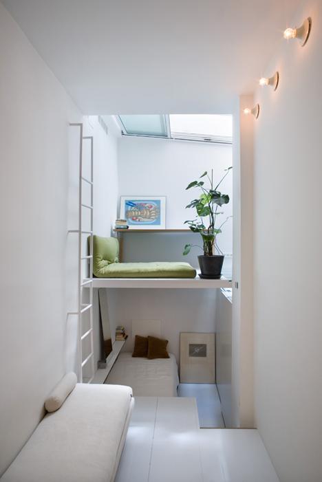 tiny apartment in madrid2