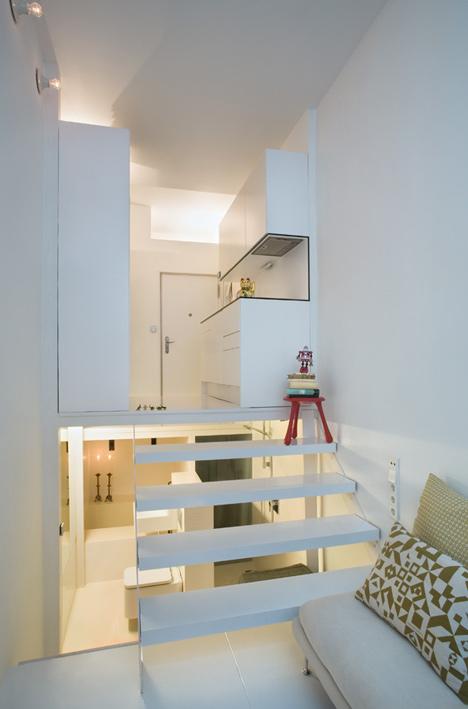 tiny apartment in madrid4