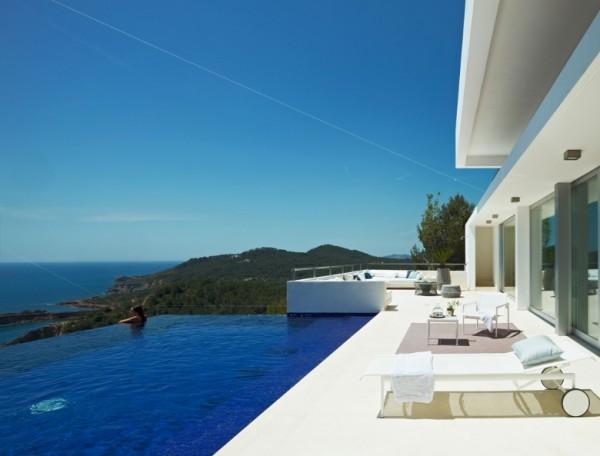 villa in Ibiza - Modern Architecture in Spain: Villa in Ibiza by Minimum Arquitectura