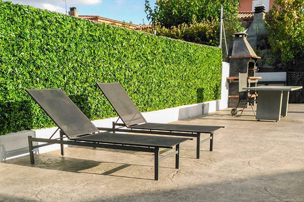 zona barbacoa chalet barcelona - This villa in Barcelona has everything to enjoy nature and life